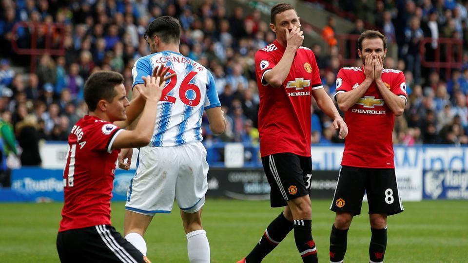 Manchester United F.C.,Huddersfield Town F.C.,Jose Mourinho
