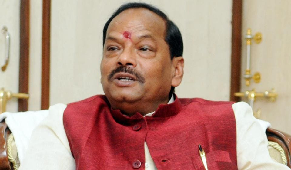 Jharkhand chief minister Raghubar Das celebrated Diwali at his home in Jamshedpur, which is also his assembly constituency.
