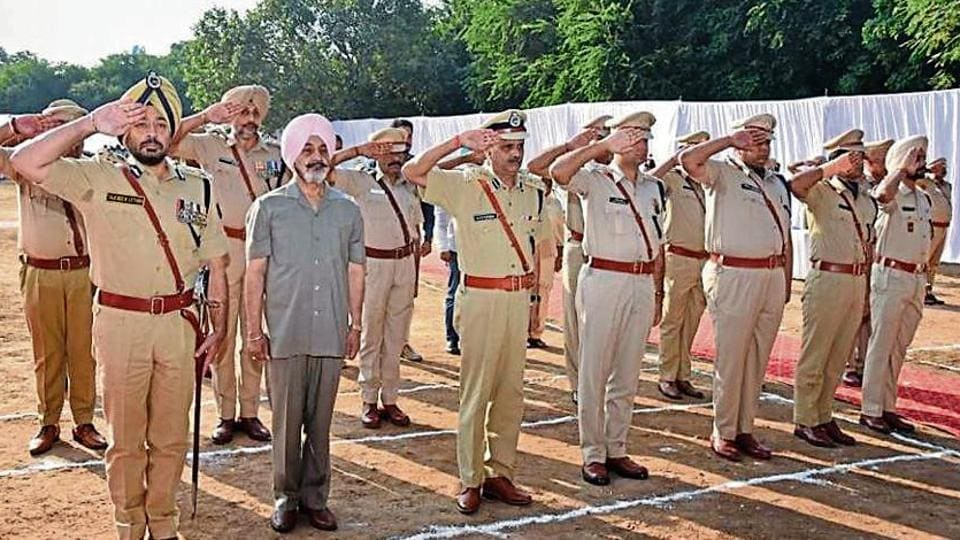 Chandigarh police,police martyrs,schools recognise policemen