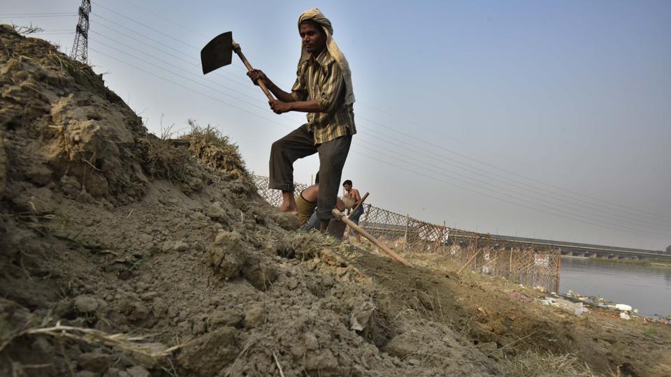 Minister checks Chhath Puja preparations