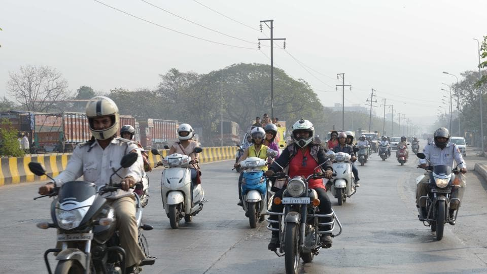 Under the West Bengal Motor Vehicles Act, one person driving a two-wheeler without a standard helmet will attract a minimum fine of Rs 100.