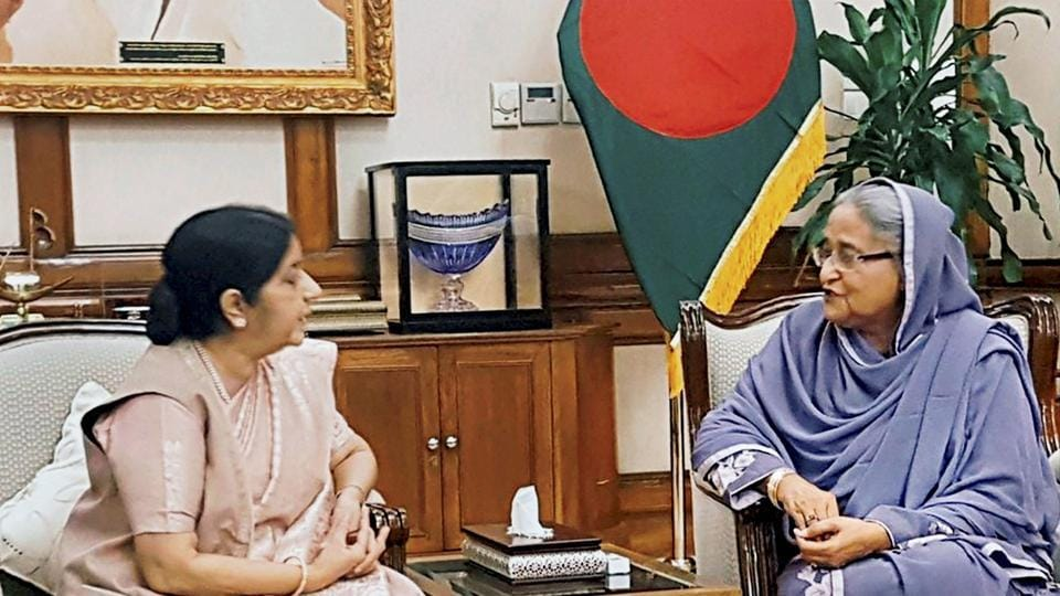 External affairs minister Sushma Swaraj with Bangladesh Prime Minister Sheikh Hasina at a meeting in Dhaka on Sunday.