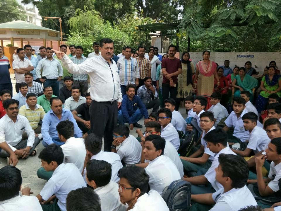 SDM Bharat Bhushan Gogia speaks to students of Dev Samaj Vidya Niketan School in Gurgaon on Monday.