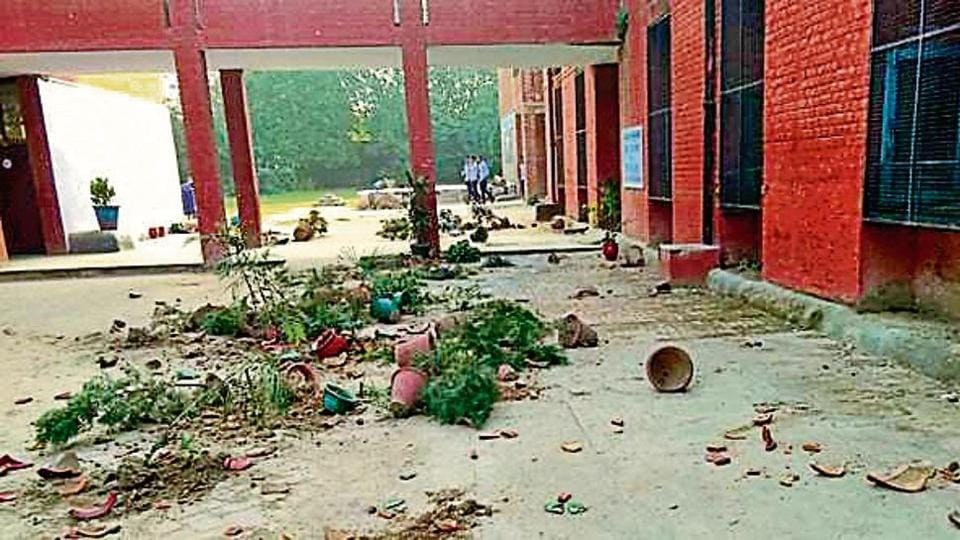 expelled student vandalises school,Dadumajra,Chandigarh
