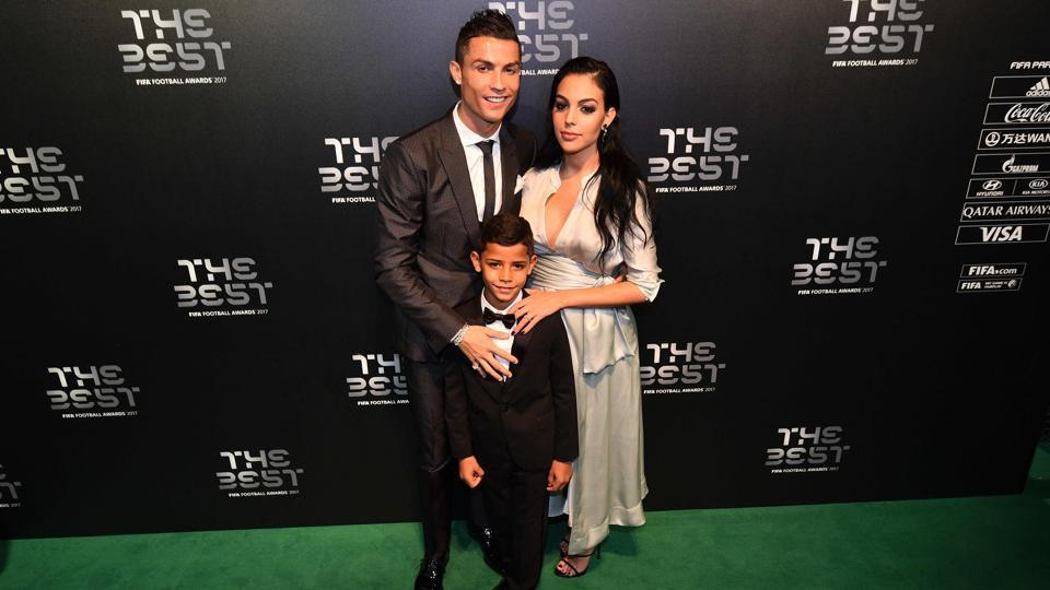 Ronaldo (L) came to the ceremony with partner Georgina Rodriguez (R) and son Cristiano Ronaldo Jr. (AFP)