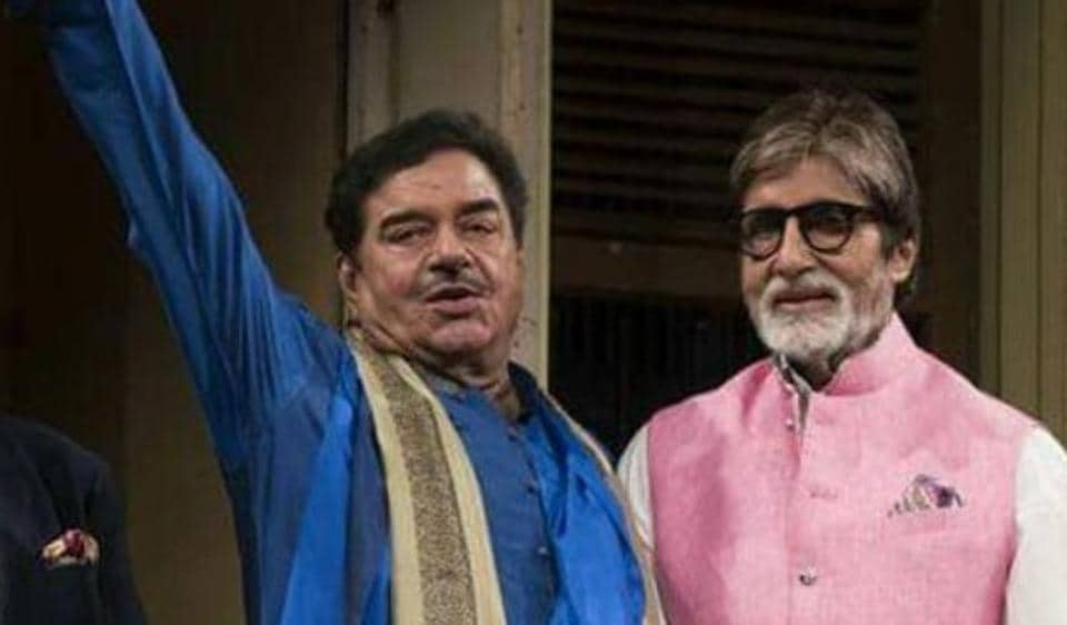Shatrughan Sinha shared this picture to tweet about Kader Khan's birth anniversary.