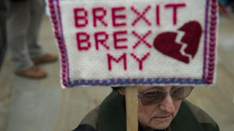 Anti-Brexit protesters demonstrate on Whitehall opposite Downing Street in London, on March 29, 2017 after Britain formally invoked Article 50 to start the process of withdrawl from the EU.