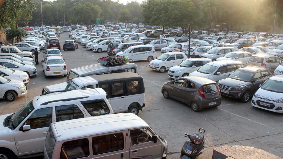 Taj Mahal,Taj Mahal parking lot,Agra