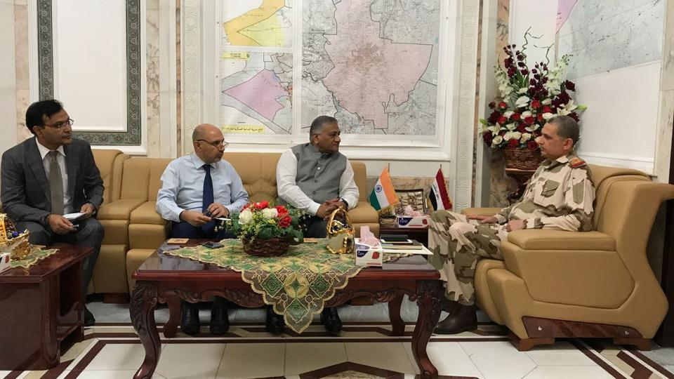 VKSingh during his meeting with General Othman al-Ghanmi, chief of staff of the Iraqi Army, in Baghdad. (Photo: VKSingh's Twitter account)