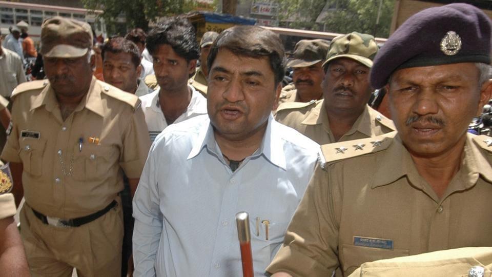Abdul Karim Telgi, the prime accused in the multi billion fake stamp paper scam, died in a Bengaluru hospital.