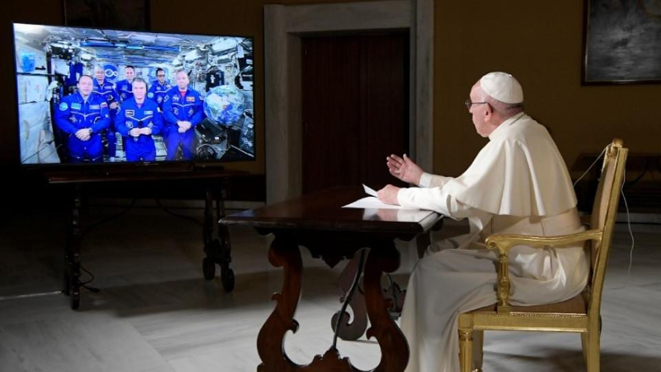 Pope Francis,International Space Station,Russian cosmonauts