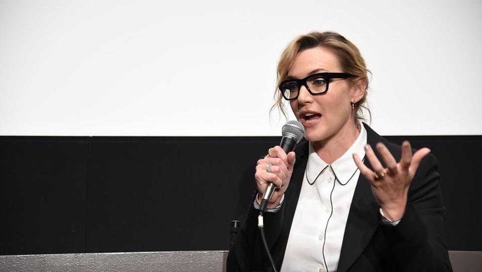 """In a recent interview to a leading U.S. daily, Winslet praised Woody Allen and noted that Allen is an """"incredible director""""."""