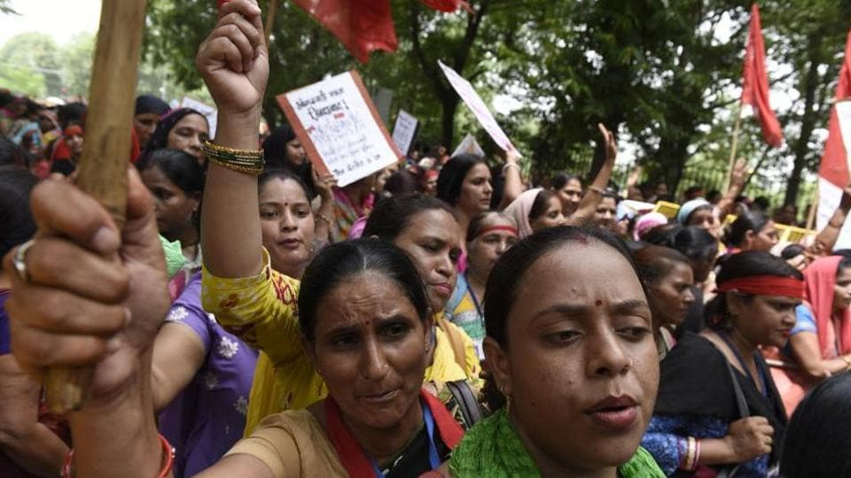 Anganwadi workers,Anganwadi workers protest,Amritsar
