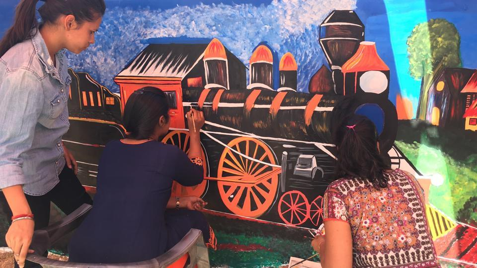 School and college student in Ajmer paint the 141-year journey of the railways.