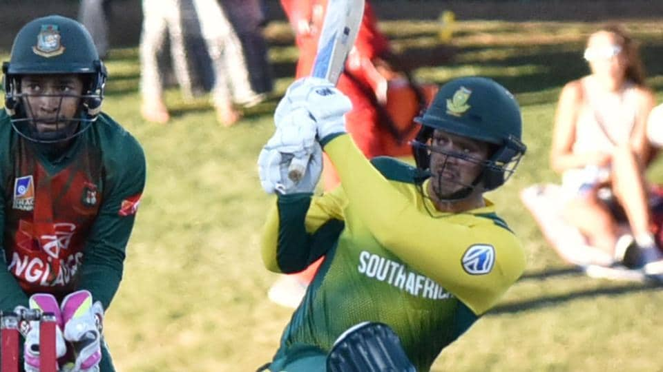 Quinton de Kock (R) of South African cricket team hits a boundary during his innings against Bangladesh national cricket team in the first T20I at The Mangaung Oval in Bloemfontein on Thursday. Get full cricket score and highlights of South Africa vs Bangladesh here.