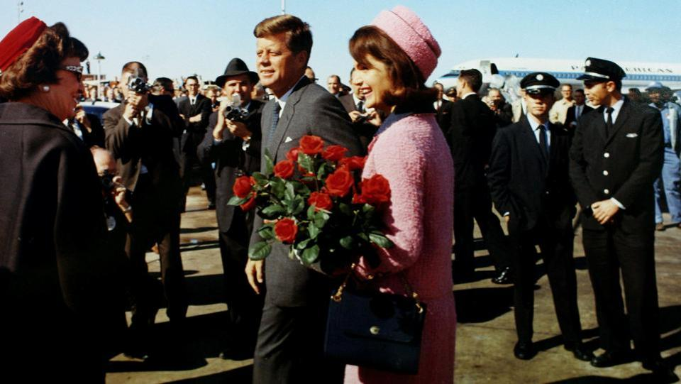 U.S. President John F. Kennedy and first lady Jacqueline Bouvier Kennedy seen arriving at Love Field in Dallas, Texas less than an hour before his assassination in this November 22, 1963 photo by White House photographer Cecil Stoughton obtained from the John F. Kennedy Presidential Library in Boston. (JFK Library / The White House / Cecil Stoughton / File Photo via REUTERS)