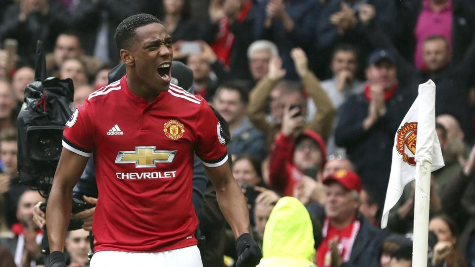 Anthony Martial guided Manchester United to a 1-0 win over Tottenham Hotspur in Premier League.