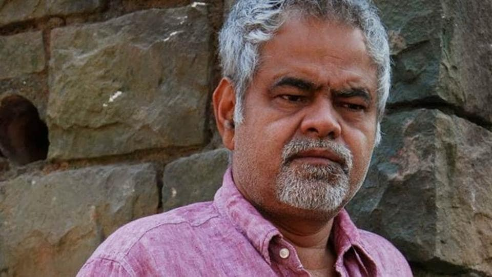 Sanjay Mishra is a veteran actor, best known for his comic roles in Bollywood films like Golmaal.