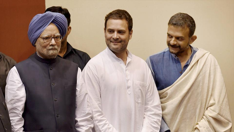 Former prime minister Manmohan Singh (L) and Congress vice president Rahul Gandhi (Centre) with Carnatic vocalist TM Krishna who was honoured with the 30th Indira Gandhi award for National Integration during a function in New Delhi on Tuesday.