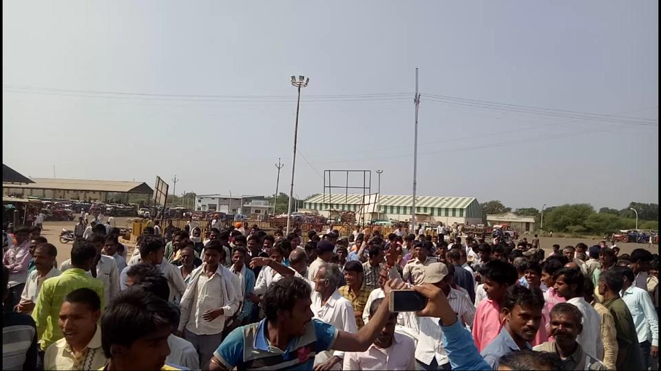 Farmers,lathicharge,Madhya Pradesh