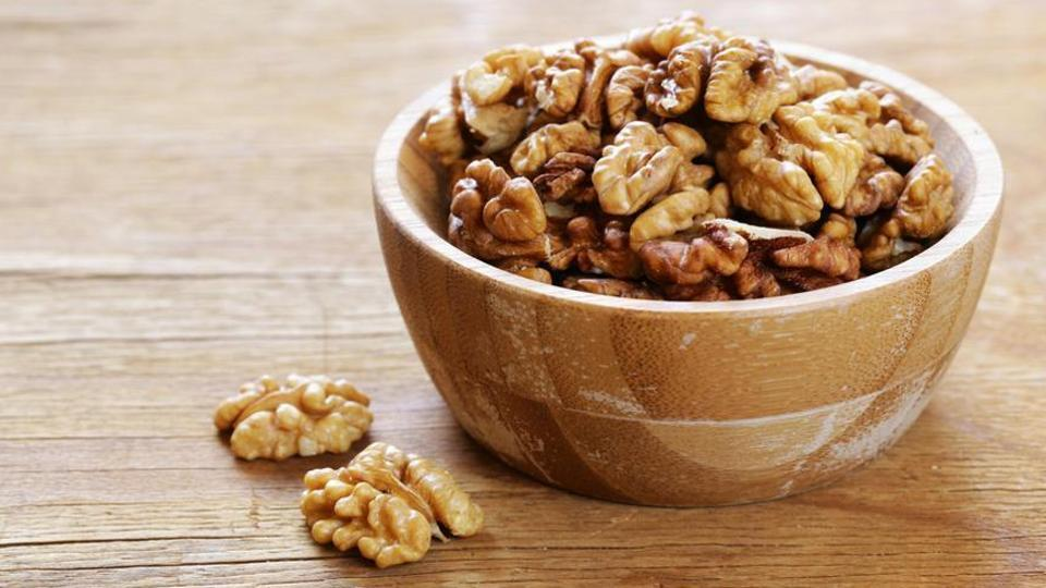 A handful of walnuts offers four grams of protein, two grams of fibre, and is a good source of magnesium.