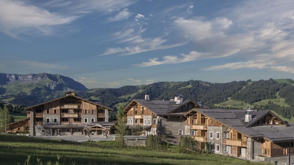 """The new Four Seasons will offer """"ski safaris"""" by helicopter."""