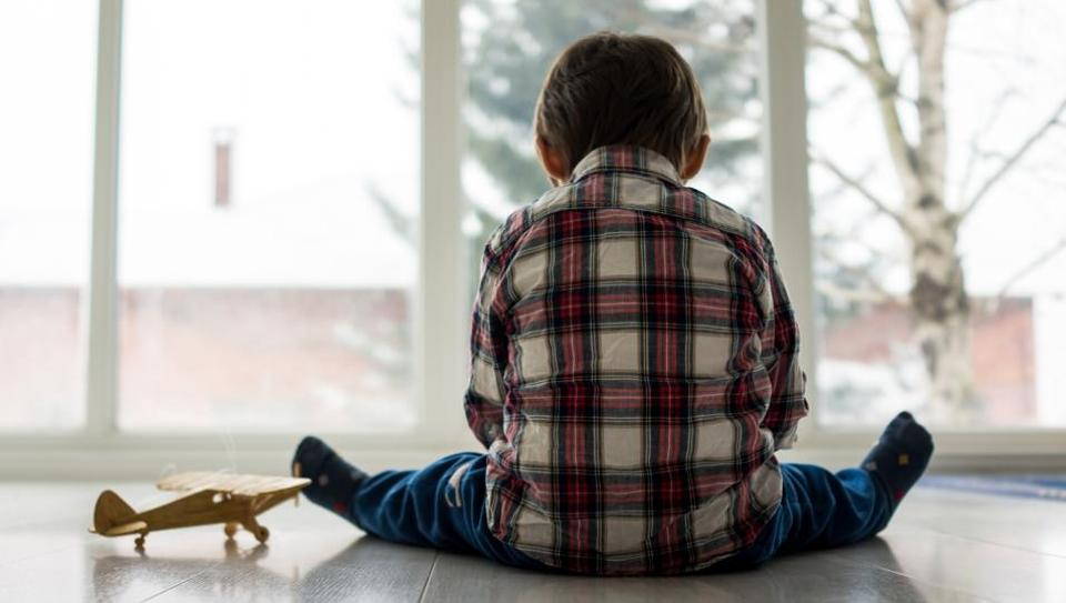 Researchers looked at a national sample of 1,146 children who were assessed for their inhibitory control at age 4, and then followed over an 18-month period.