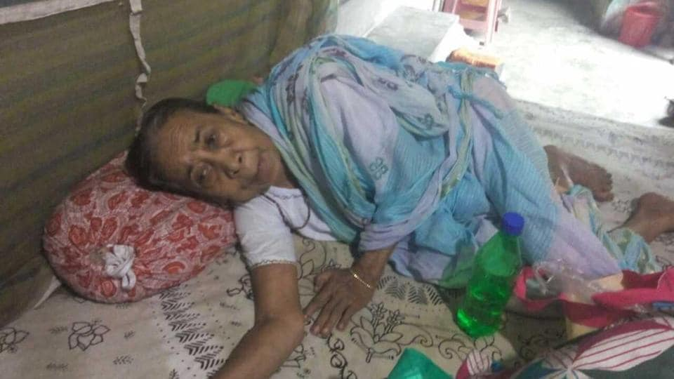 Nonagenarian Sabita Nath was locked up alone in her house for four days in Anandapur, Kolkata.