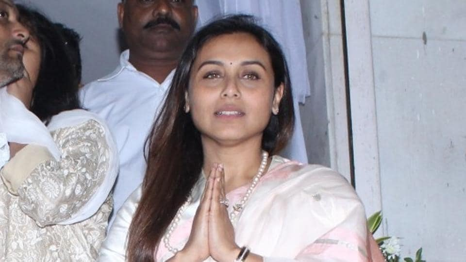 Rani Mukerji attended the shradh ceremony for her father with her family.
