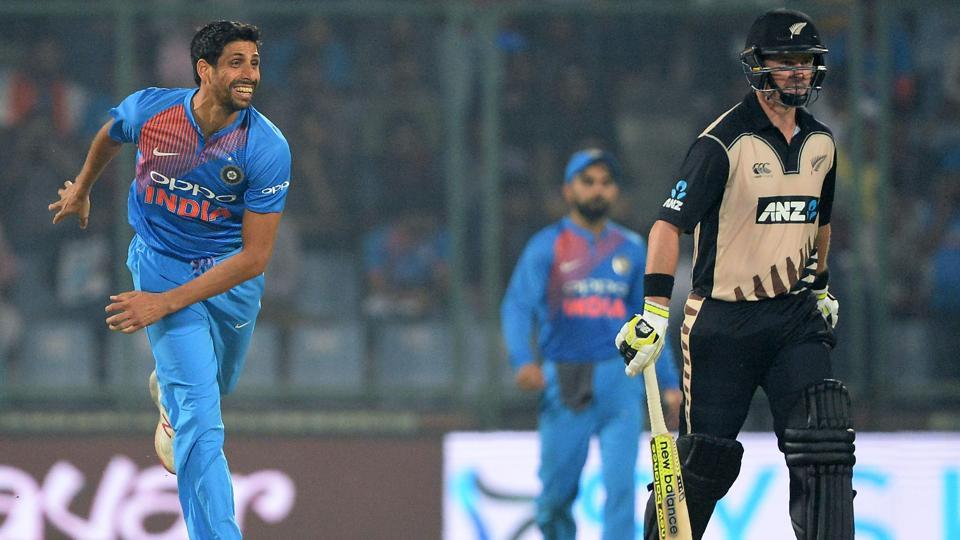 Ashish Nehra did not get any wicket in his final match, but he bowed out in grand style as India broke the Twenty20 jinx against New Zealand and won by 53 runs. (AFP)