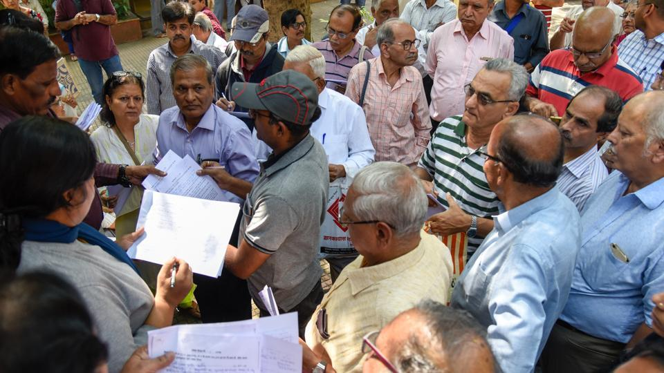 FD holders of the DSK group file their complaints at the EOW office in Pune on Wednesday.