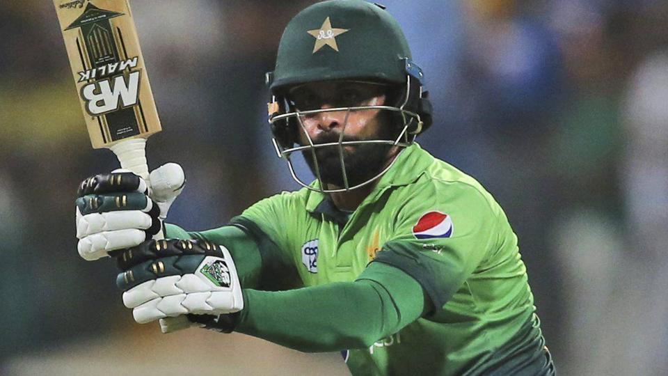 Muhammad Hafeez,Muhammad Hafeez Bowling Action,Pakistan vs Sri LAnka