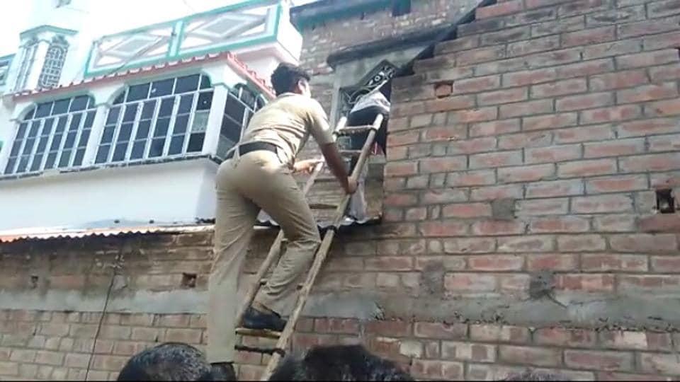 Bengal,Murshidabad,Police