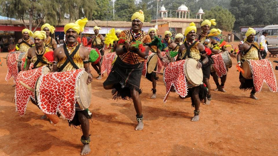 Artistes from Karnataka performing a dance during an event at the crafts mela.  (Keshav Singh/ht)