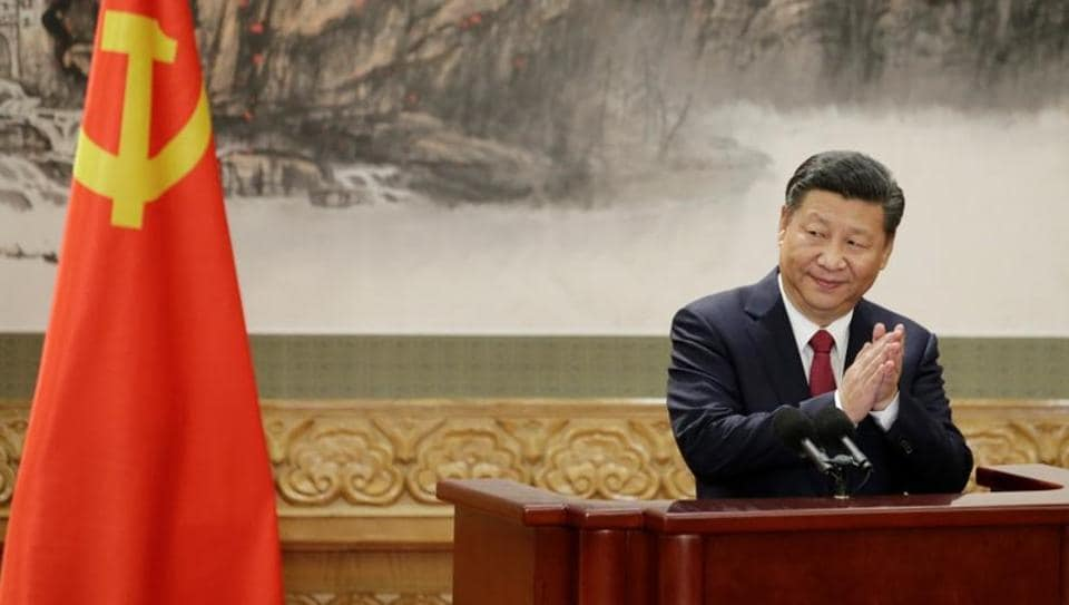Chinese President Xi Jinping will visit Vietnam soon to attend an Asia-Pacific Economic Cooperation summit.