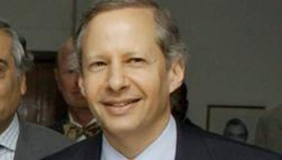 Kenneth Juster  in New Delhi in November 2003.