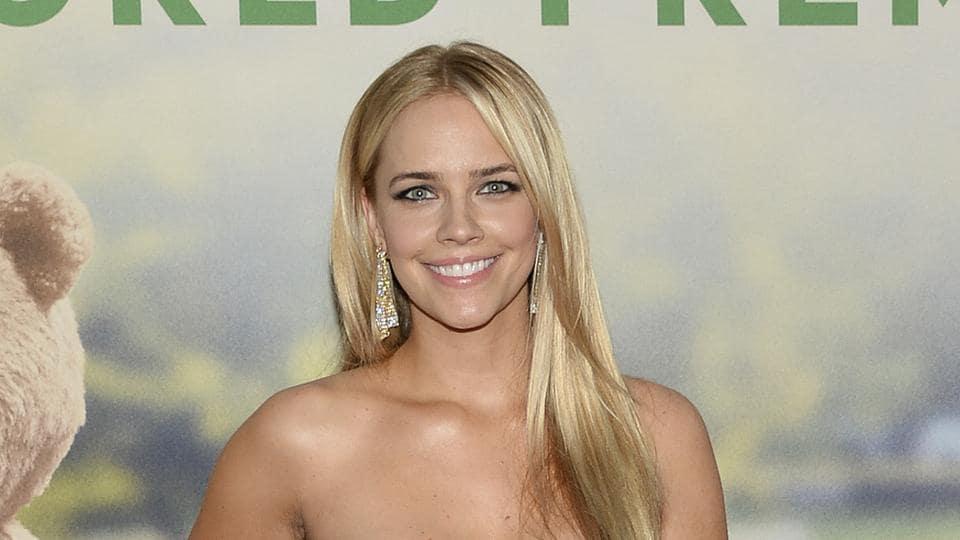Jessica Barth naked 902