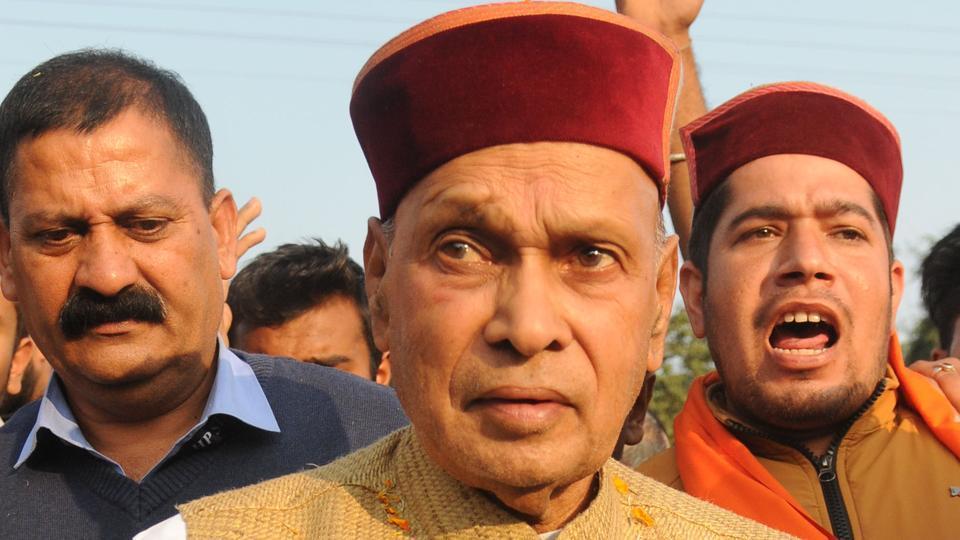 Una India November 05, 2017::BJP CM Candidate, Prof. Prem Kumar Dhumal during an election campaign for HP Vidhan Sabha Election at Hamirpur Distt, Himachal Pradesh on Sunday November 05, 2017.Photo by