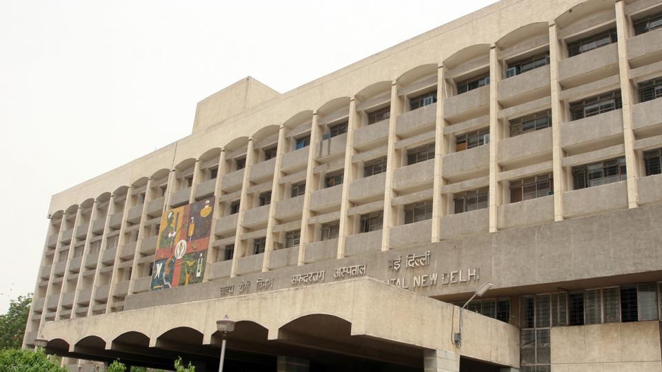 high court,delhi high court,safdarjung hospital