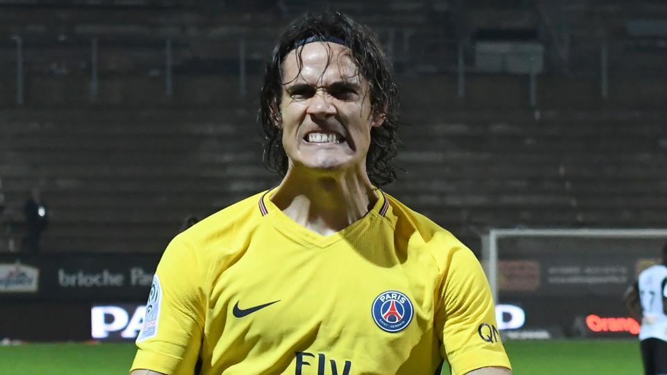 Edinson Cavani notched up his 100th goal for Paris Saint Germain as they continued to lead the Ligue 1 table.