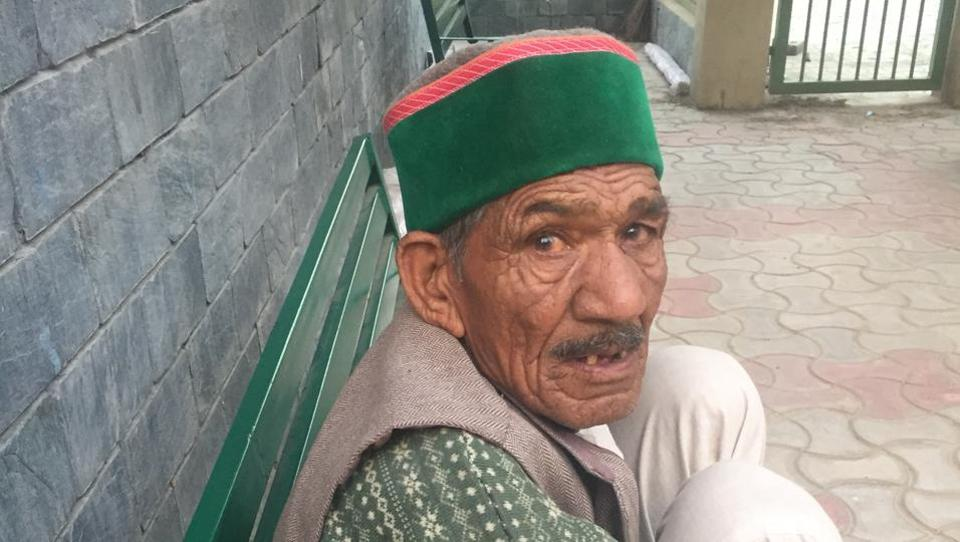 An inmate of Basantpur old-age home in Shimla.