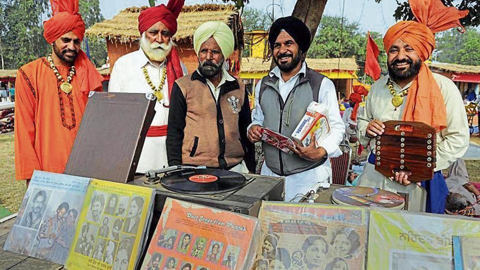 Vintage gramophones,gramophones,Punjab