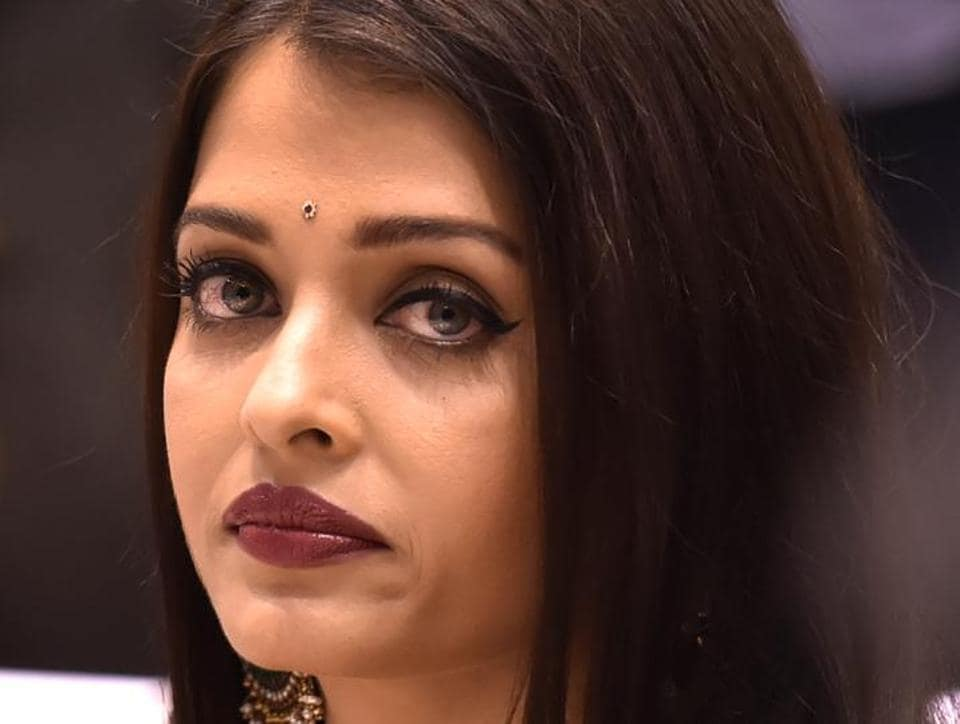 Aishwarya Rai's Fanney Khan was being shot in Mumbai's Flora Fountain area when a motorbike hit the film's third assistant director.