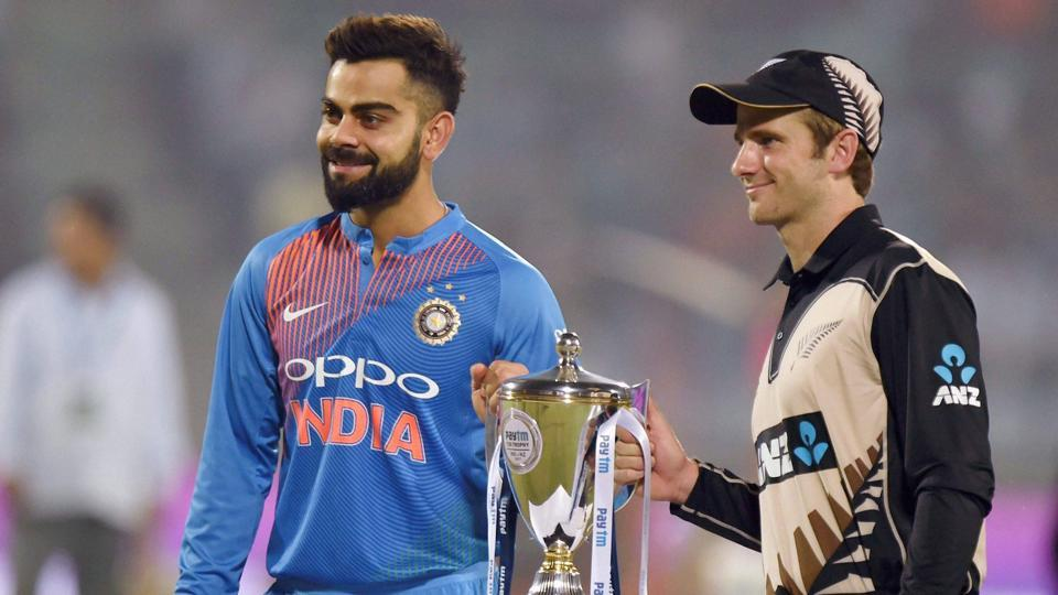 Virat Kohli Once Again Backs MS Dhoni, Hits Out at Critics
