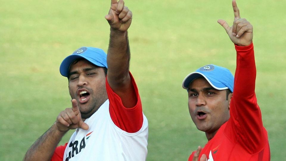 India vs New Zealand,Virender Sehwag,MS Dhoni