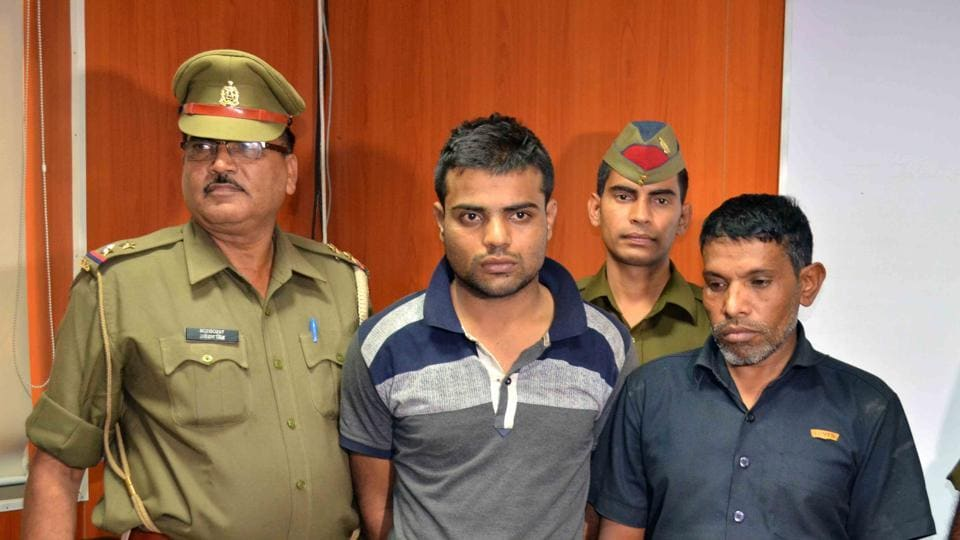 Noida,police,robber