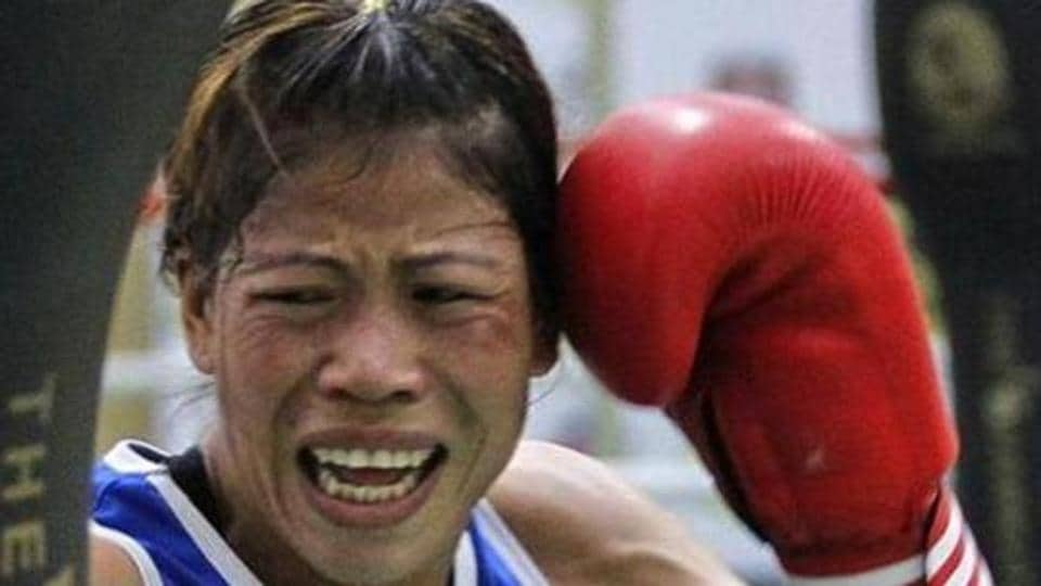 Mary Kom defeated Japan's Tsubasa Komura to reach the final of  the Asian Women's Boxing Championships.