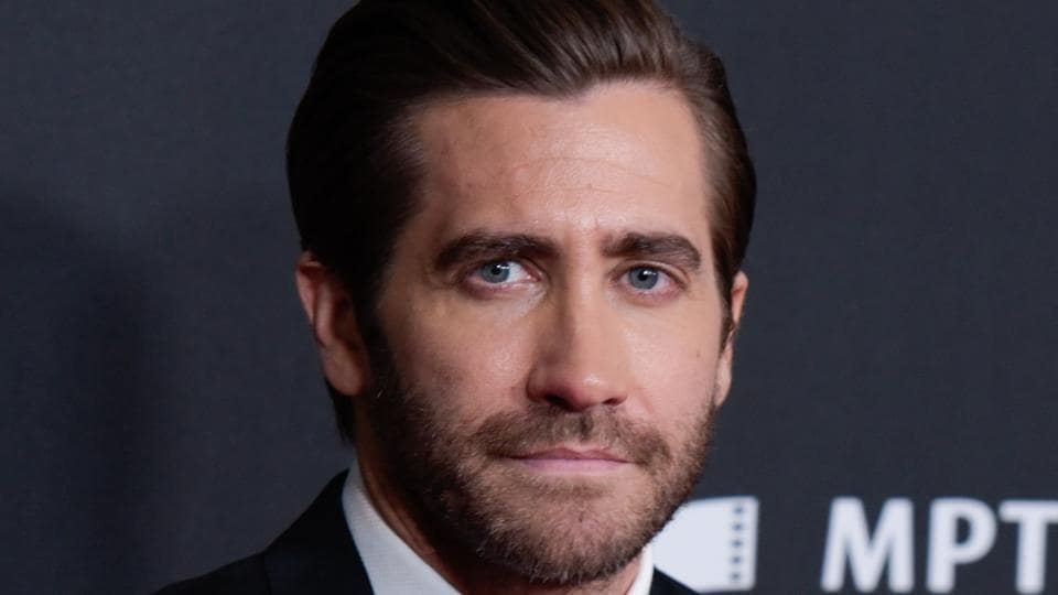 Actor Jake Gyllenhaal attends the 21st Annual Hollywood Film Awards.