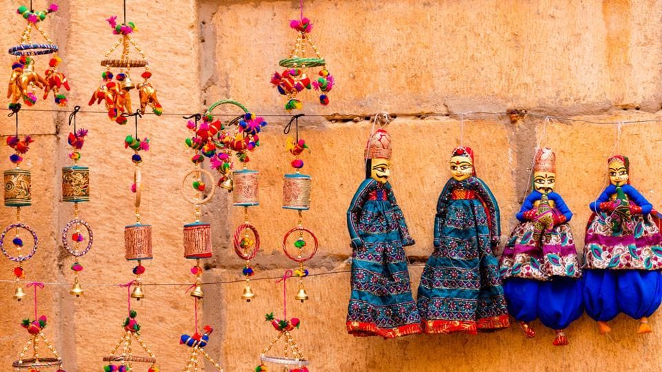 At the Winter festival in Mount Abu, Rajasthan, you can check out local artefacts and art forms.