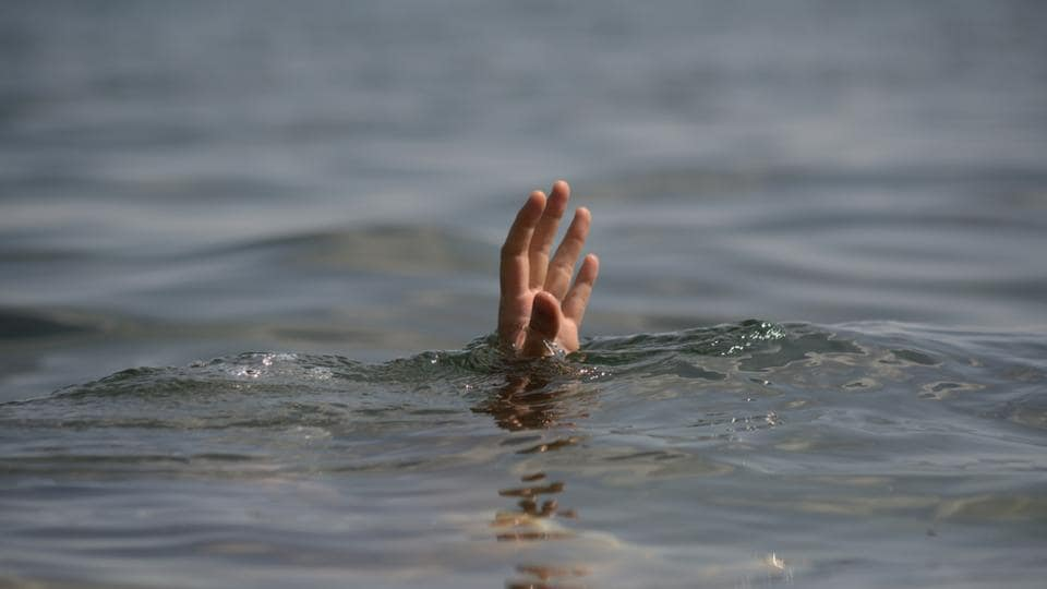 Two boys drowned in a pond in Gonda when they went to relieve themselves. (Shutterstock)